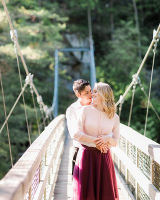 Beautiful engagement session at Tallulah Gorge state park!  #northgeorgia #engagementphotos #tallulahgorge #georgiaweddingphotographer